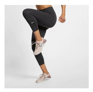 Nike leggings crop